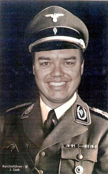 Himmler Cook original mit Adler.jpg