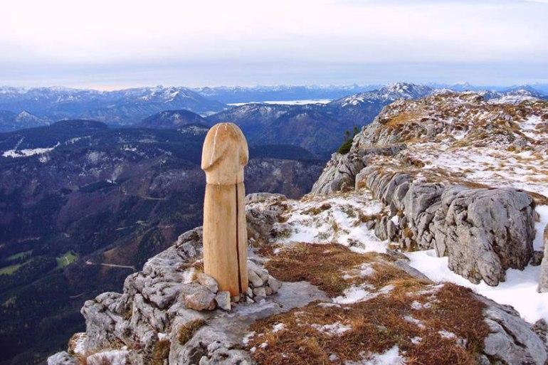 alps-wood-penis